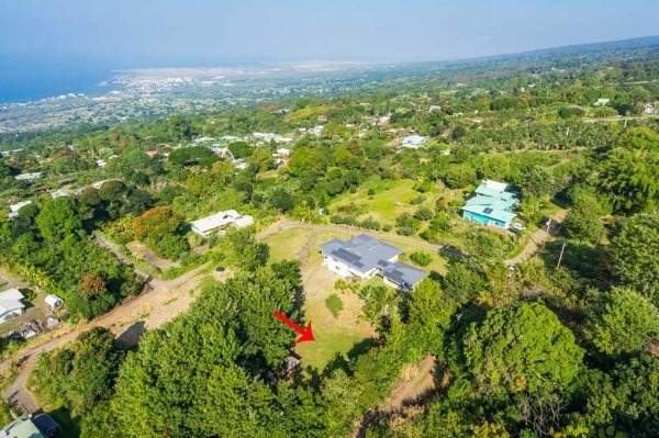 Rarely available in Holualoa, fenced 1 acre lot above Holualoa Village zoned Agriculture. Ocean and sunset views.