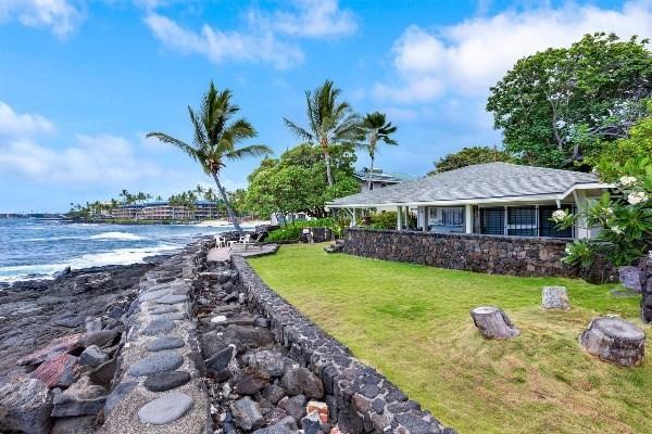 75-5918 ALII DR, Kailua Kona, HI 96740