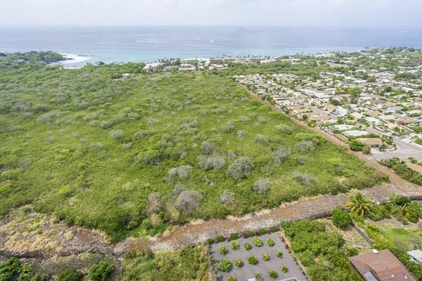 28.0010 acre parcel zoned A-5A in Kailua Kona.