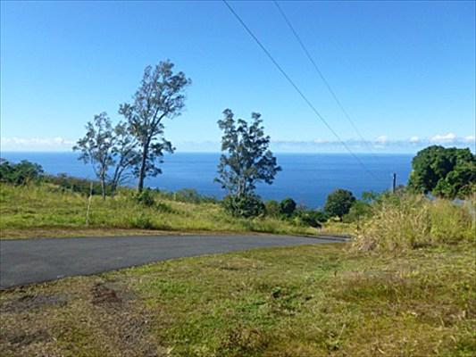 87-1081 HALEILI RD, Captain Cook, HI 96704