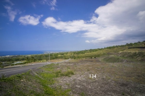 Kona Vistas Subdivision lot 11 (parcel 134). Close to town and all amenities.