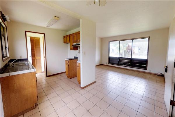 Photo #5 for MLS #619489