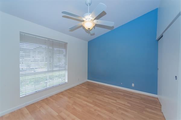 Photo #10 for MLS #619939
