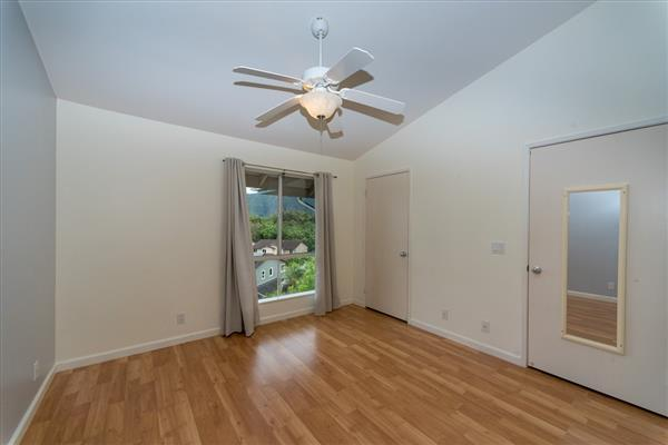 Photo #8 for MLS #619939