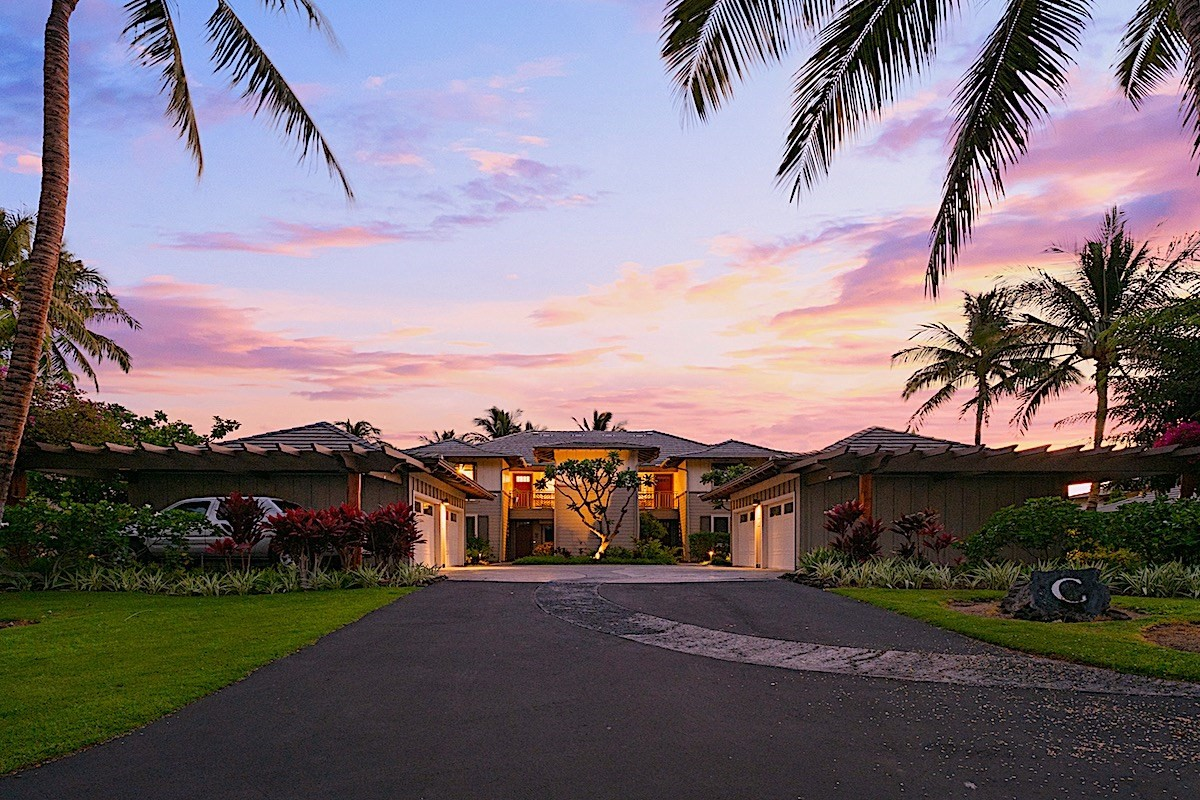 Beautiful TURN KEY ready 3 bedroom/2 bathroom condo in the luxurious Palm Villas at the Mauna Lani Resort for a phenomenal price!Video tour: https://player.vimeo.com/video/459324113Unit C-21 overlooks the wonderful courtyard covered with shade from the well manicured trees which leads to the pool that includes a relaxing waterfall and luxurious spa, community grills, and fitness center. Move right in or get your unit into a vacation rental program - you choose. Well situated within the resort as it is near to an additional Spa, Fitness Center, Shopping, Restaurants, and Tennis Club within walking distance. There is also a walking path to a white sand beach just outside the gated community.Unit C-21 has a wonderful outdoor kitchen with a built-in BBQ on the lanai so you can enjoy being outdoors while cooking and watching the family down at the pool. The unit has a beautiful modern kitchen, a spacious master bedroom with a luxurious bathroom, and a washer and dryer right in the unit. There is a one-car detached garage and additional guest parking is available throughout the complex. This upper floor unit in the Palm Villas boast vaulted ceilings and wonderful cross breezes. The maintenance fee includes: water, sewer, trash, insurance for the building, pool/spa care, site manager, landscaping, administrative services, and a reserve contribution. There is no minimum stay at the Palm Villas at Mauna Lani. Residents may have one spayed or neutered cat, caged bird, or fish in an aquarium not to exceed 25 gallons. Pets may not be allowed to roam throughout the project.Owners in the Mauna Lani Resort may join the Advantage Club which allows access to the beach club, special rates on golf & tennis, etc.The information herein may contain inaccuracies and is provided without warranty or guarantee of any kind. Agents and buyers must independently verify any information that they deem material or important to their purchase or any offered price there of.