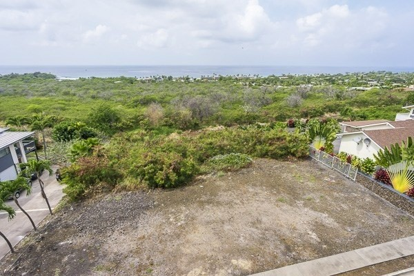 15,002 Sq. Ft. residential lot in Komohana Kai 2 zoned RS-15.Ocean view, close to town, shopping, beaches.