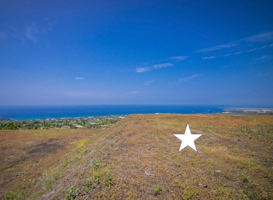 Stellar, sweeping unobstructed views of Kailua Bay and beyond....from this desirable cul-de-sac location.  Arguably one of the best lots in all of Kona Vistas !  Situated at a perfect elevation with a  building pad ready for your dream house ! Within minutes of town, amenities and beaches. Beautiful community recreation area and tennis courts for the exclusive use of the homeowners   The information herein may contain inaccuracies and is provided without warranty or guaranty of any kind. Agents and Buyers must independently verify any information they deem material or important to their purchase or any offered price there under. Please refer to the Title Report for easements and setbacks.